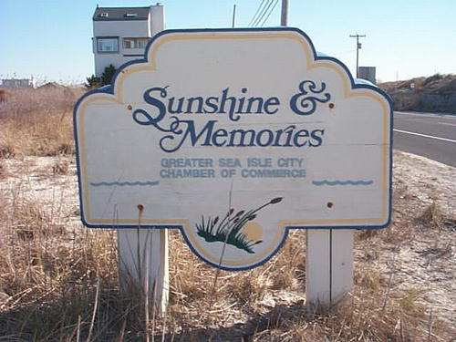 picture of sea isle sunshine and memories sign